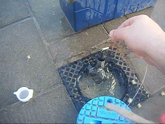 Kwelsituatie in meetput met straatpot